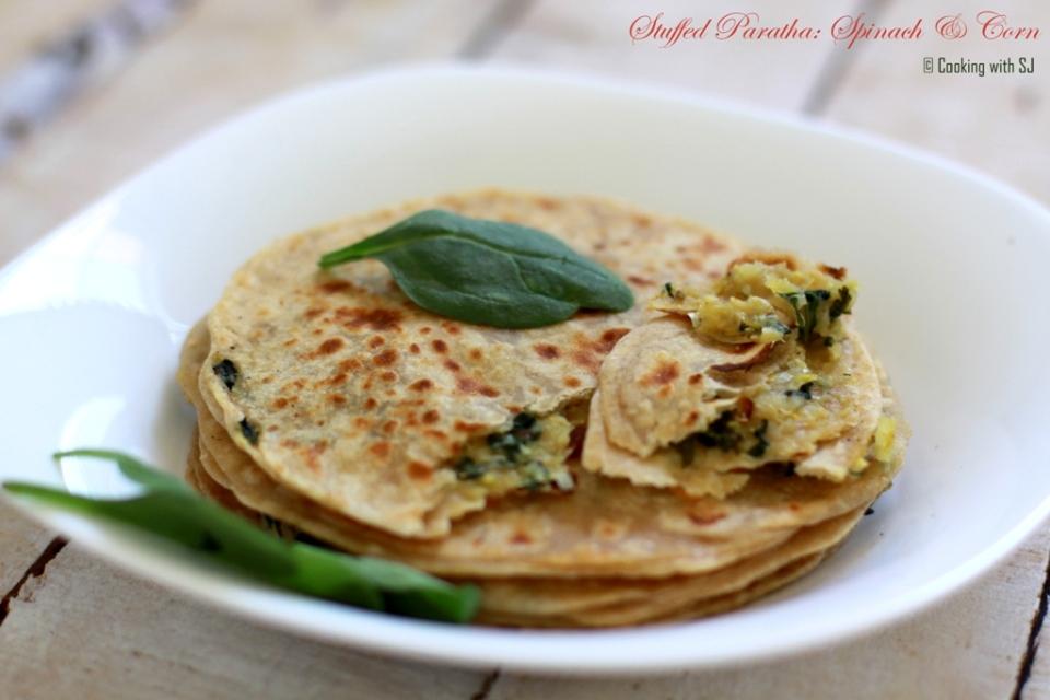 spinach corn paratha1
